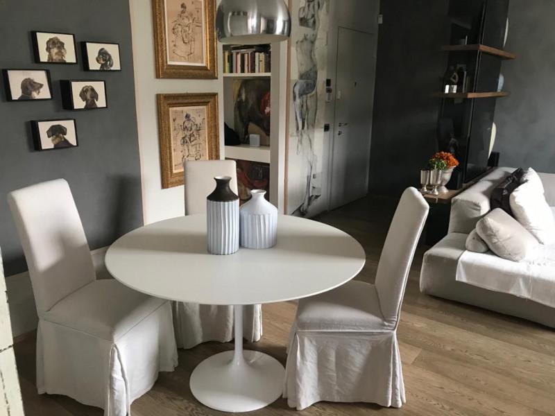 Tavolo Tulip Table Laminato Liquido varie misure