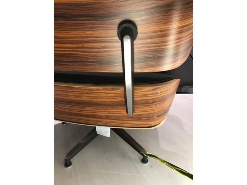 Poltrona Lounge con Pouf in pelle in vari colori